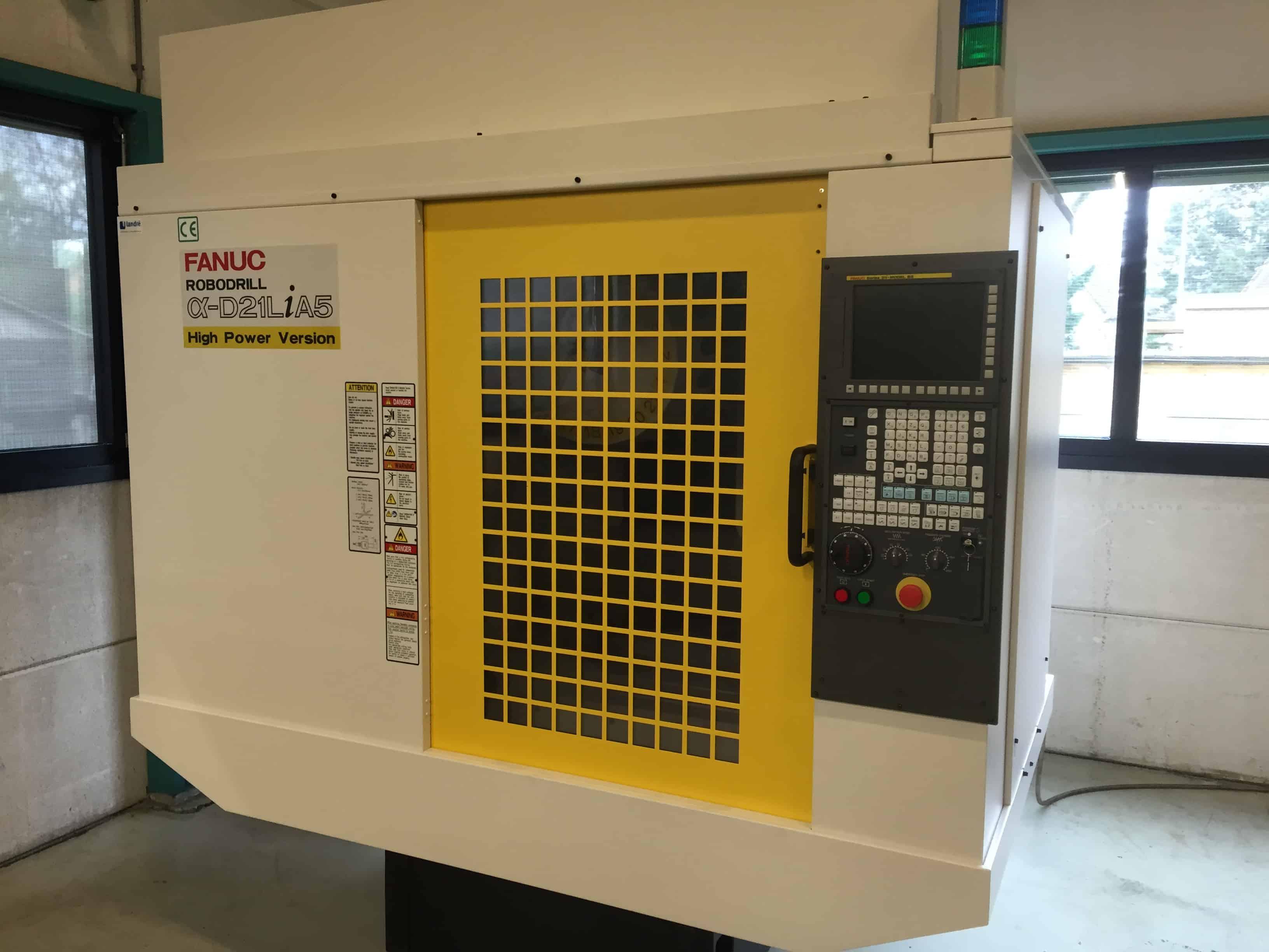 CNC gestuurde boor-, frees- en tapmachine
